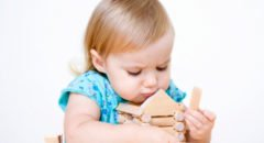 Какие документы нужны для прописки ребенка к родителям в браке и разводе